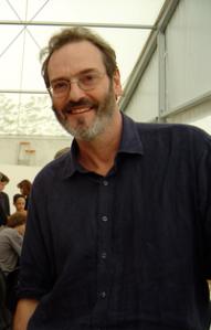 El escritor Robert Holdstock