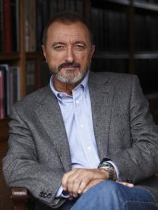 El escritor español Arturo Pérez-Reverte
