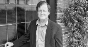 El escritor Tim Powers